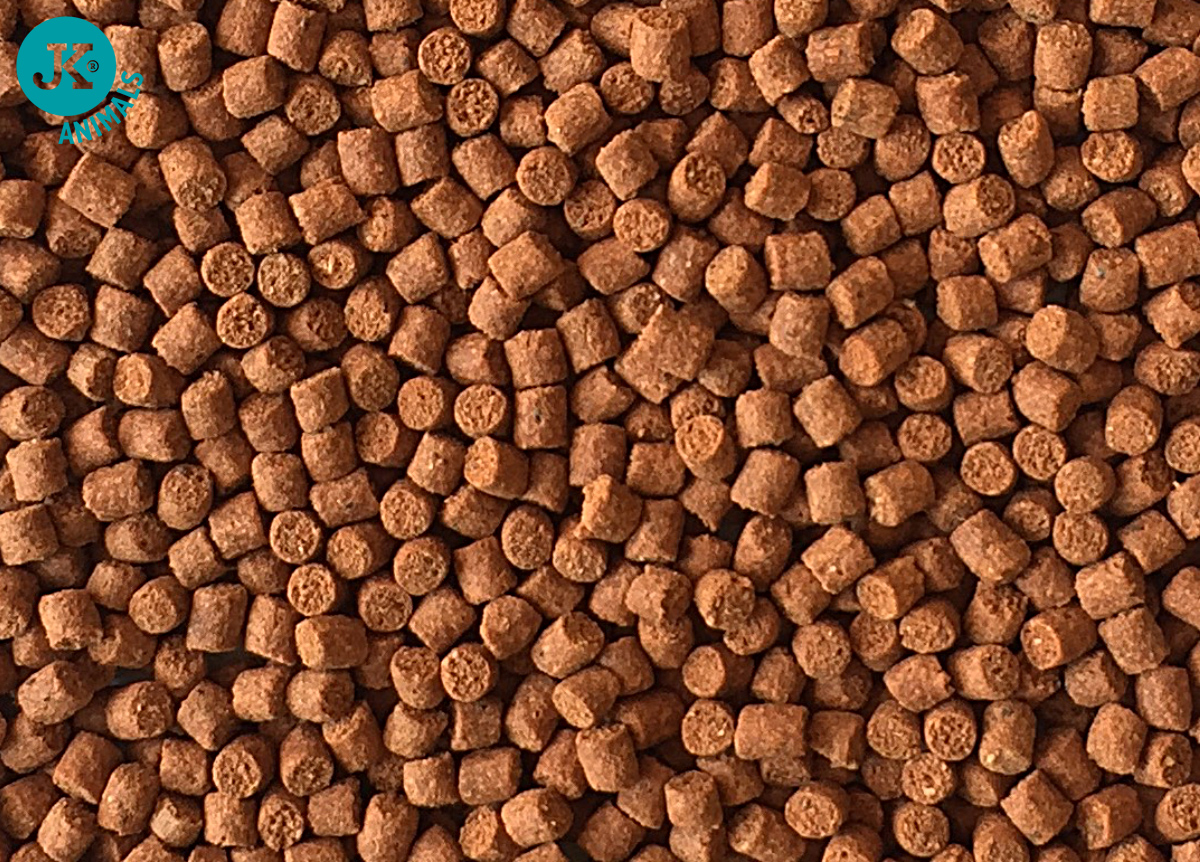Dajana Legend Premium – Goldfish pellets, 250ml | © copyright jk animals, všechna práva vyhrazena