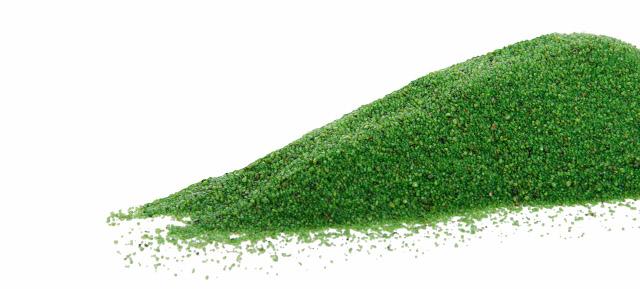Křemičitý písek zelený, hrubost: 0,3–1,4 mm, balení: 2kg