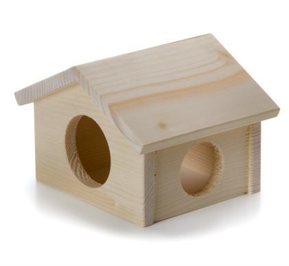 Dřevěný domek křeček | © copyright jk animals, všechna práva vyhrazena