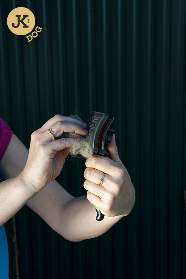JK ANIMALS Kartáč samočistící, jemné drátky | © copyright jk animals, všechna práva vyhrazena